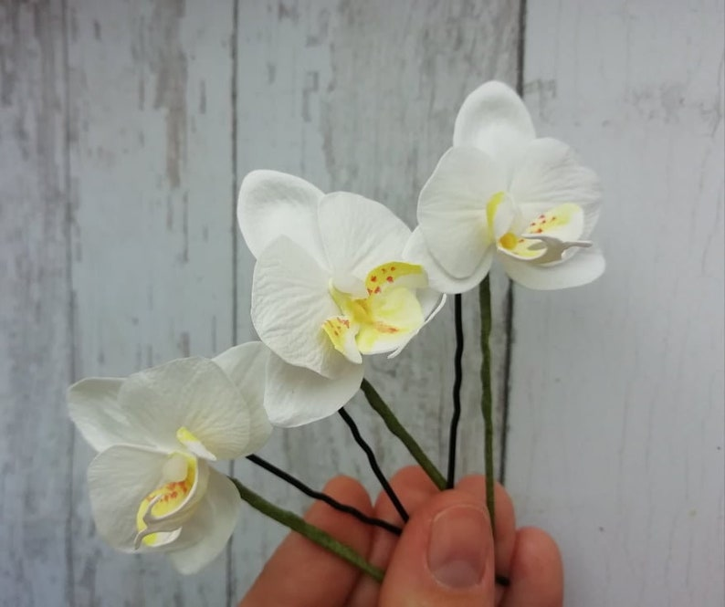 Orchid hair jewelry Hawaii hair white orchid flower Tropical headpiece Tropical wedding  White Orchid hair pins Tropical hair flowers