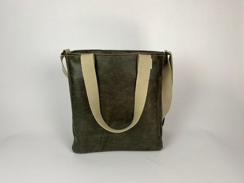 Shopper leather olive image 0