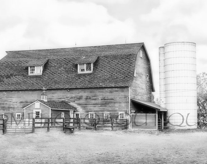 Black And White Barn, Farmhouse Decor, Black And White Barn Print, Country Decor, Fixer Upper Decor, Notecards, Farmhouse Landscape, Barn