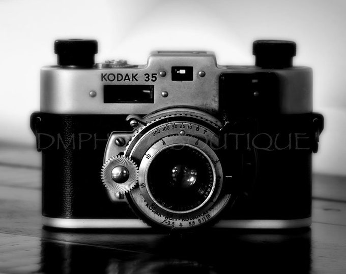 Black and White Vintage Camera PRINT, Vintage Camera Photo, Vintage Camera Print, Antique Camera Print, Old Camera Print, Photography Gift