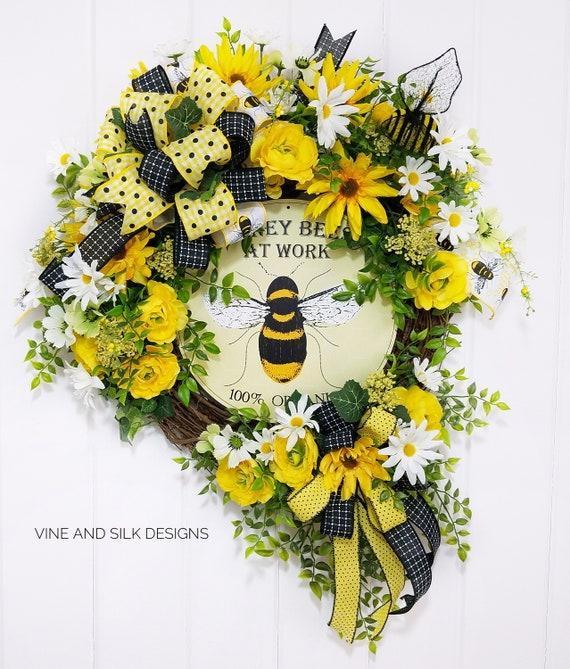 Yellow Wreath Wreath With Bees Welcome Wreath Wreaths for Outdoors Summer Bee Wreath for Front Door Queen Bee Wreath