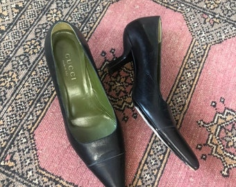 7b28522789c0 80s gucci heels