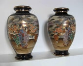 Japan-pair of Meiji Satsuma vases on blue background and characters gilded with fine gold signed