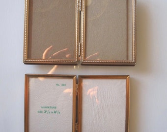 Royalhillvintage Vintage Bifold Gold Frame Holds 2.25 x 3.25 Wallet