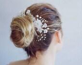 Bridal flower hair comb Wedding gold hair piece Gold hair comb for bride Pearl hair comb Crystal hair comb White hair accessory floral comb