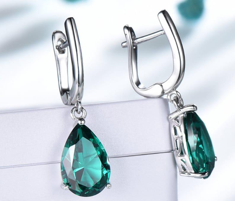 Beautiful Emerald Top Quality Gemstone Earring Boho Earring 925-Sterling Silver Earring,Wedding Earring,Leaf Earring Antique Silver Earring