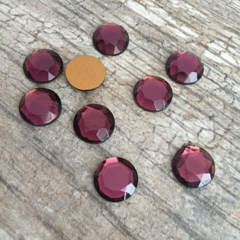 Cabochons 6 Pieces  BV-0177 Cardinal Purple 13mm Rose Cut Flat Back Glass Cabs Made in Western Germany