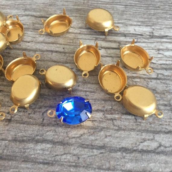 Vintage French Stone Settings Necklace Pendant Findings Flat Back Raw Brass 1 Piece 108J