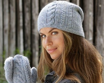 Hand knitted women's hat and mittens, alpaca hat, cable wool hat, woman beanie, women hand made beanie and mittens for woman.