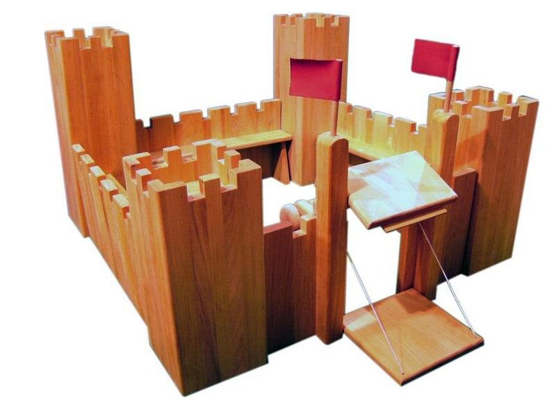 Holzspielzeug Ritterspielzeug aus Holz Erle geölt Ronneburg aus Holz