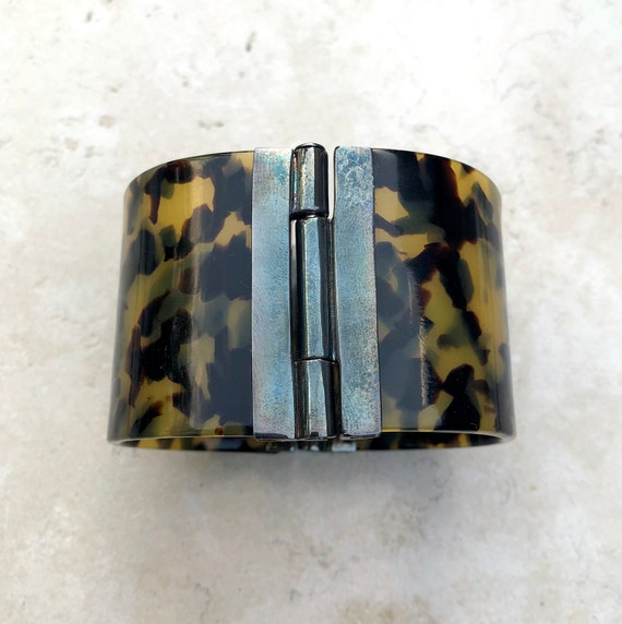 1980's Signed Ralph Lauren Hinged Lucite Bangle B… - image 3