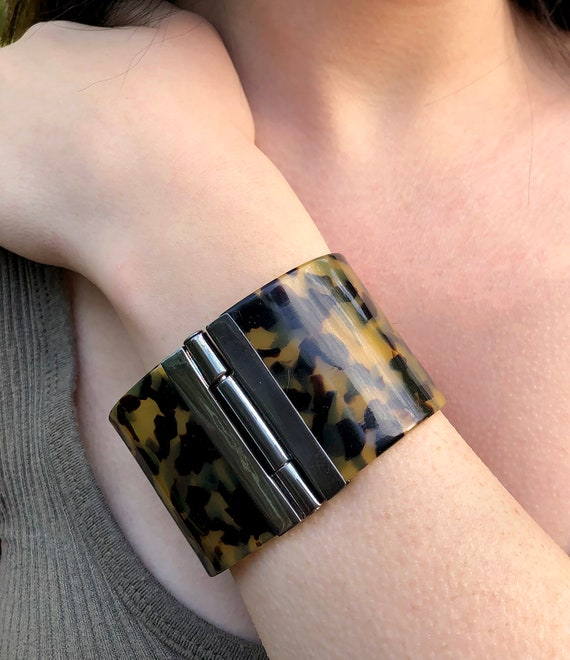 1980's Signed Ralph Lauren Hinged Lucite Bangle B… - image 1