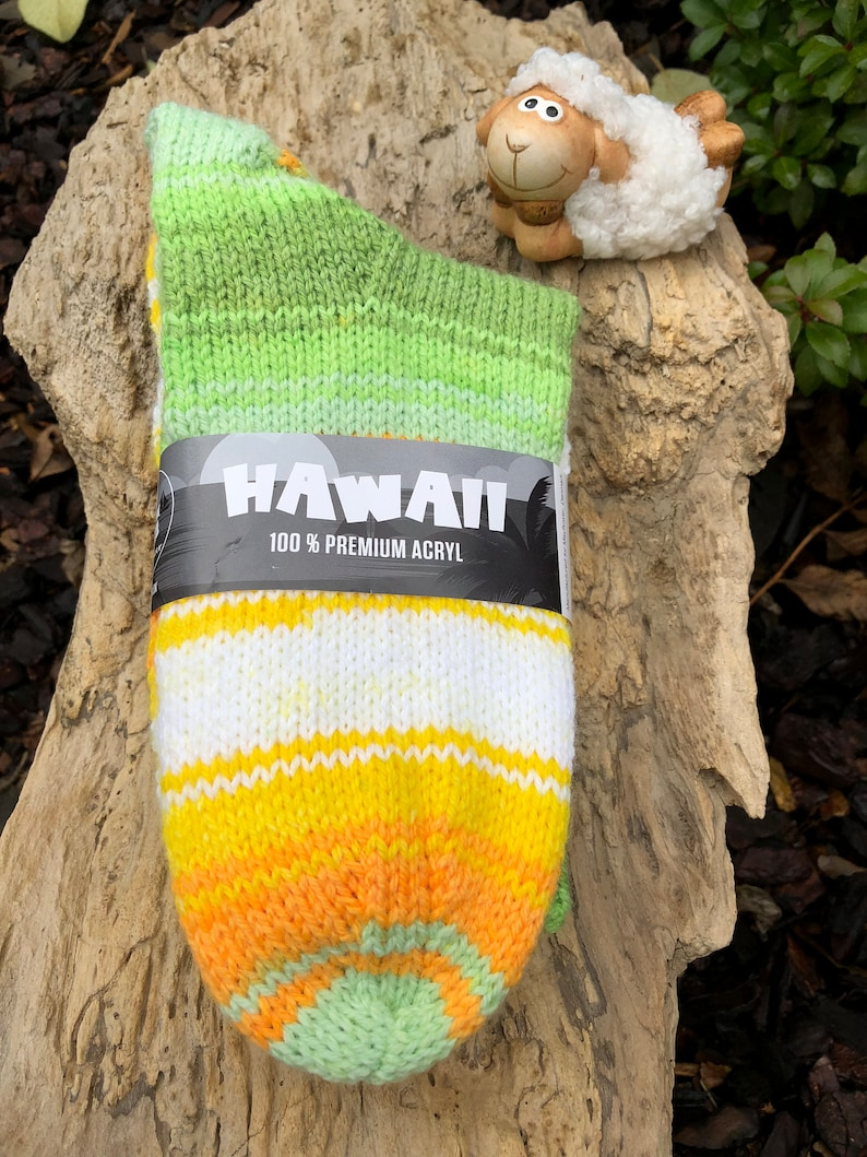 cuddle socks in cheerful colors size Hand-knitted thick women/'s socks made of Mayflower Premium acrylic yarn 3940