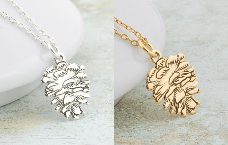 Woodland Necklace Plant Necklace Necklace gift for forest lover Pine Cone Tree Acorn Necklace Silver or Gold