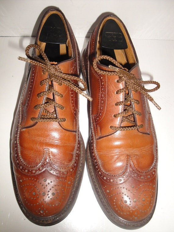 Bob Smart Brown Perforated Leather