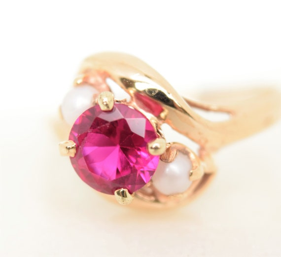 Vintage synthetic ruby ring pearl accent 10k gold… - image 5