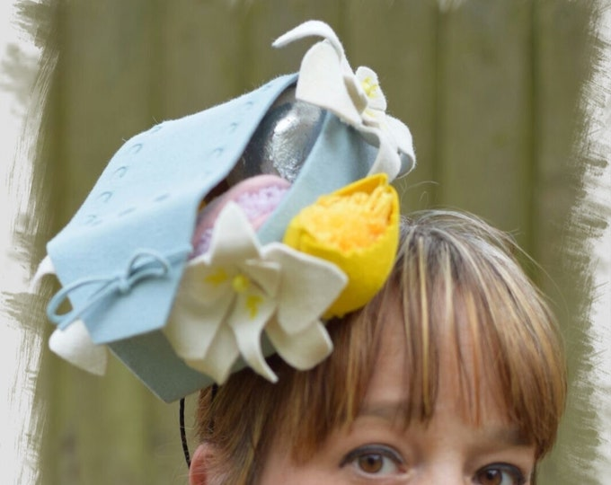 Cocktail fascinator hat, unique headpiece