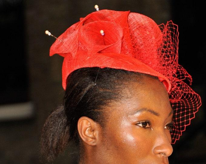 Wedding fascinator hat, Cocktail pill box hat