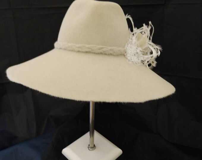 Wide brimmed women bolero hat, floppy flapper fascinator hat