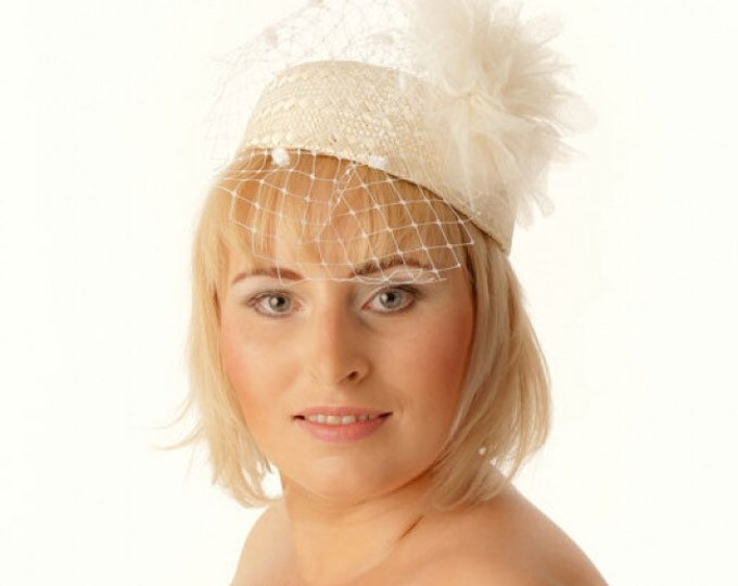 Beige straw pillbox fascinator hat headpiece for weddings, mini-hat tea parties, club events, races, proms, occasions, church, Ascot