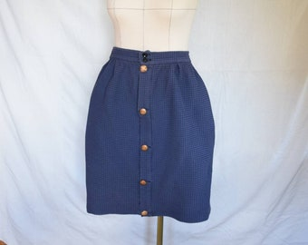 Skirt with button placket and comfortable elastic band/ knee-length, with pockets, handmade, single piece/ summer skirt, waist skirt