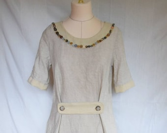 Airy, beige/grey linen dress with pockets, summer dress slightly waisted, collar embroidered with buttons, handmade dress