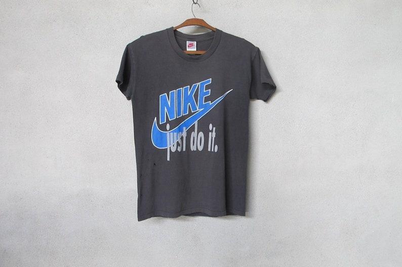 e673e70f4c472 Distress 90's Nike Gray Tag T Shirt Just Do It Faded Black Mens Small  Vintage Nike Hip Hop Tshirt Made In USA