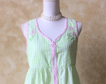 Vintage Sleeveless Light Green and Pink Seersucker House Coat Nightgown  Pajamas 866a3f603