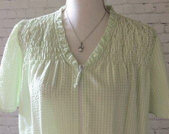 Vintage Long Light Green Seersucker Nightgown eb63c4019