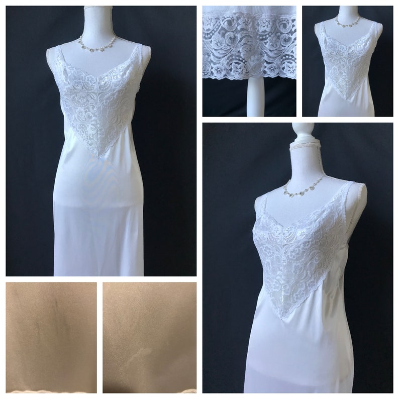 Vintage 1950s  1960s Swan Lake White with Lace Slip  Short Nightgown by Vanity Fair Size 36