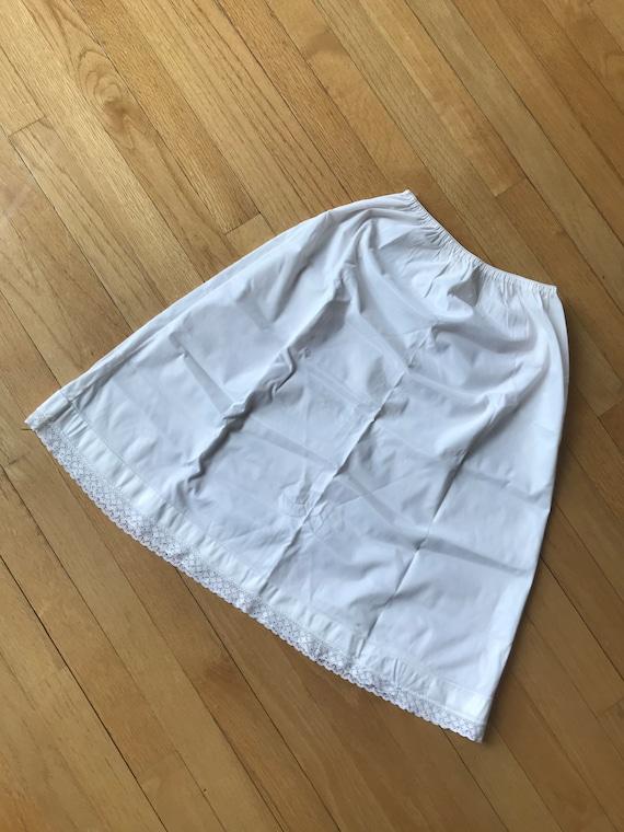 Vintage  1980s / 1990s White Slip Skirt / Half Sli