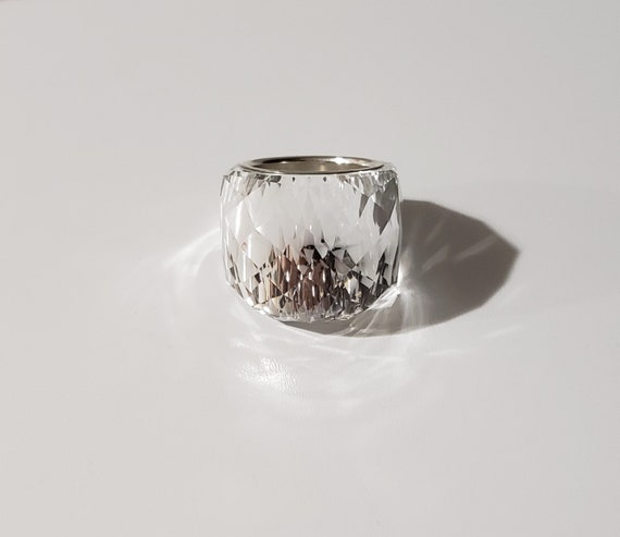 Stunning Swarovski Nirvana Cry Ring Abstract State