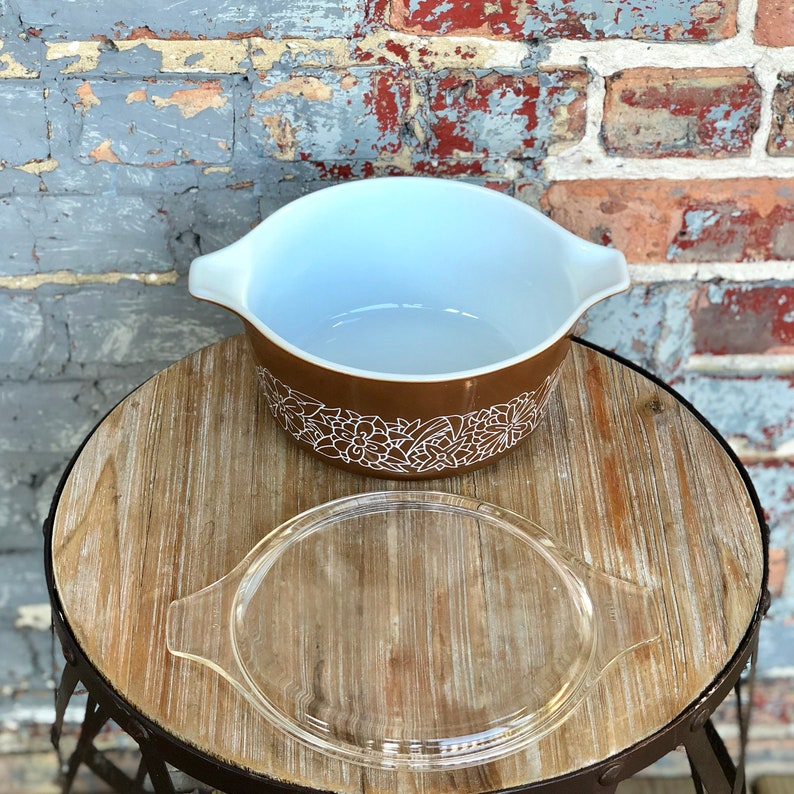 Pyrex WOODLAND BROWN #474B Casserole with lid 1.5L VINTAGE