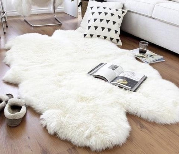 Sheepskin Rugs With Fur Pillows