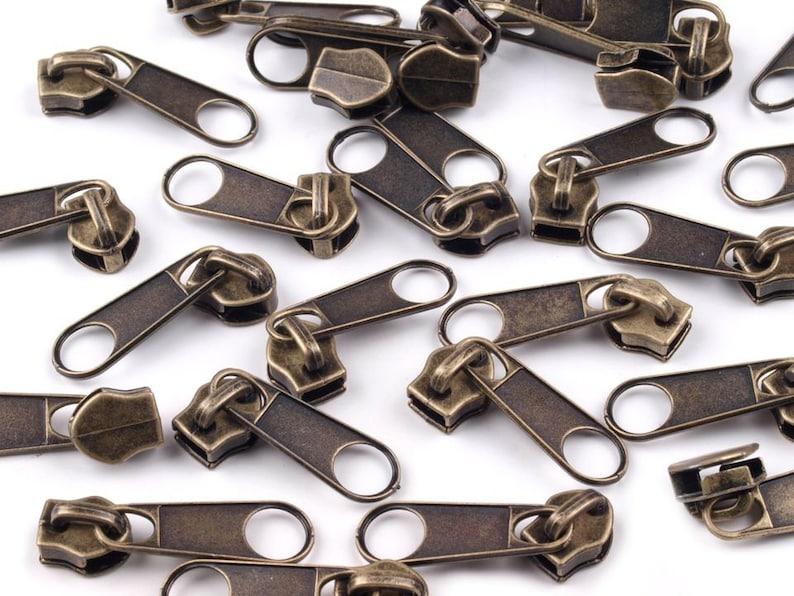 Zipper für 5mm Reißverschlüsse 10 Stück Hellblau Farbe