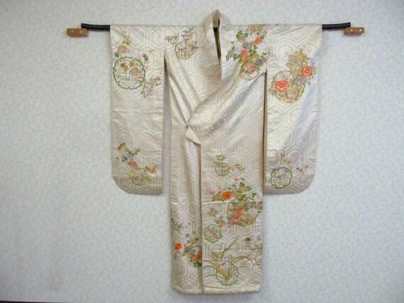 K83 / Vintage Japanese Kimono / Cosplay Remake / M