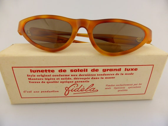 vintage 1970's Butterfly sunglasses