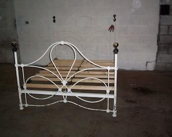 13b9e4107d9 vintage cast iron bed frame