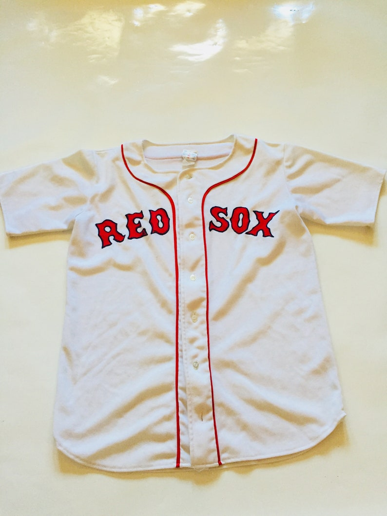 new style 7bd89 f83fa Vintage Red Sox Jersey White Red Baseball T-Shirt T Shirt Top Button Down  Sports Mlb Ravens Knit