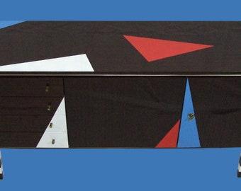 retro sideboard in fresh design