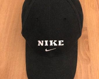 ee55a9d1c2e Vintage 90s Nike black hat--lo-profile dad hat--strapback