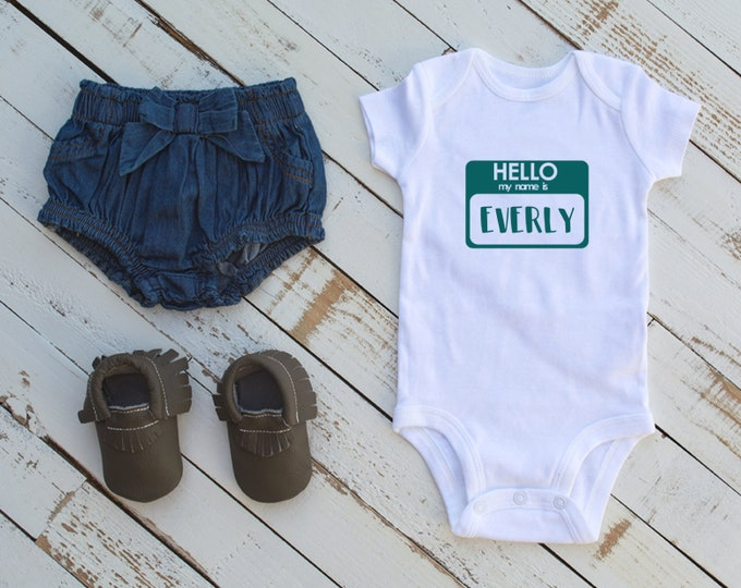 Hello Bodysuit / Name Tag Bodysuit / Newborn/ Baby Bodysuit / Baby Shower
