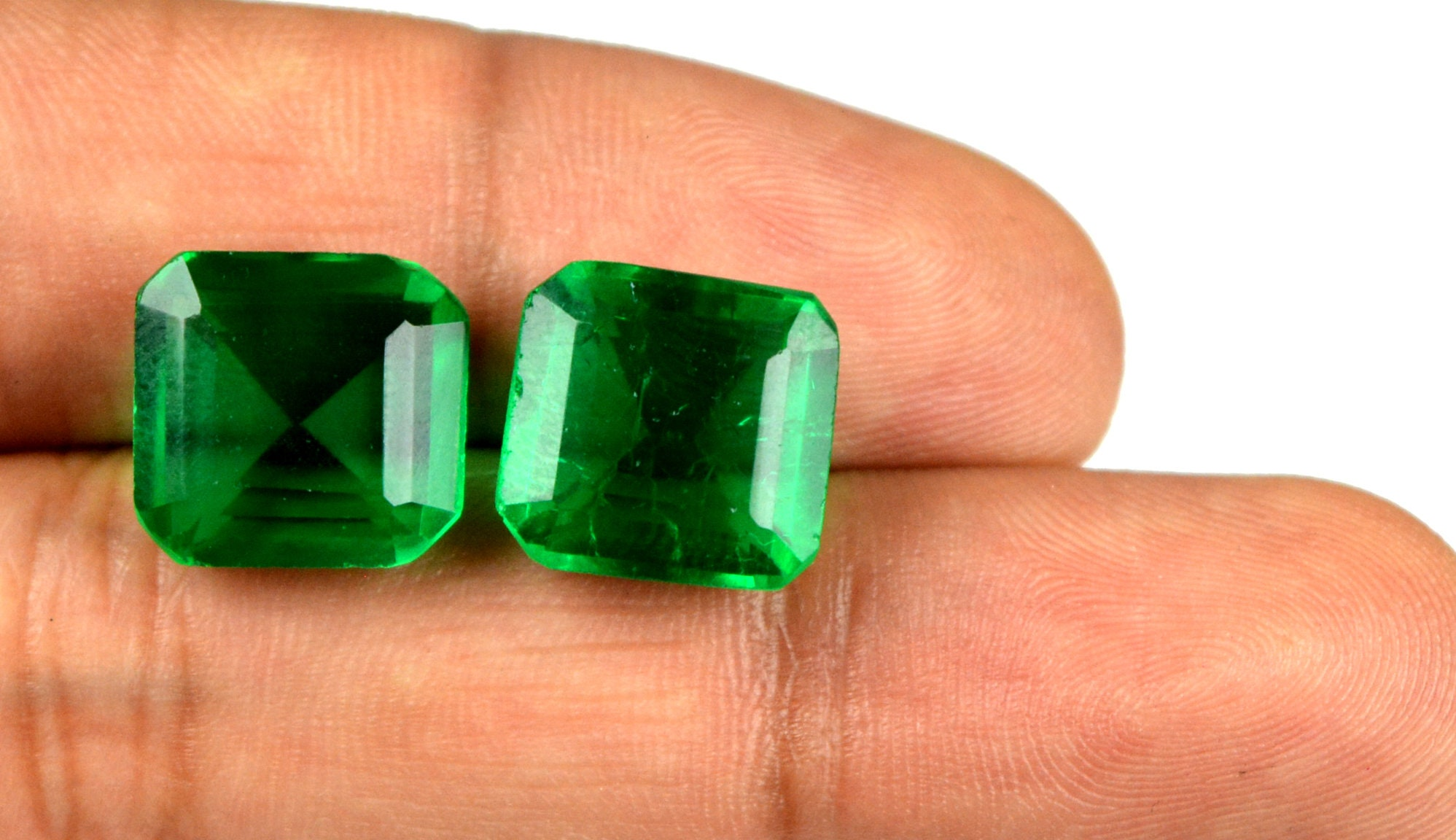 Muzo Colombian Emerald Collection Oval Cabochon 10-12 Ct Natural AGI Certified