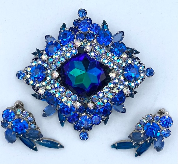 Gorgeous D/&E Juliana Blue and White Rhinestone Brooch with Matching Earrings