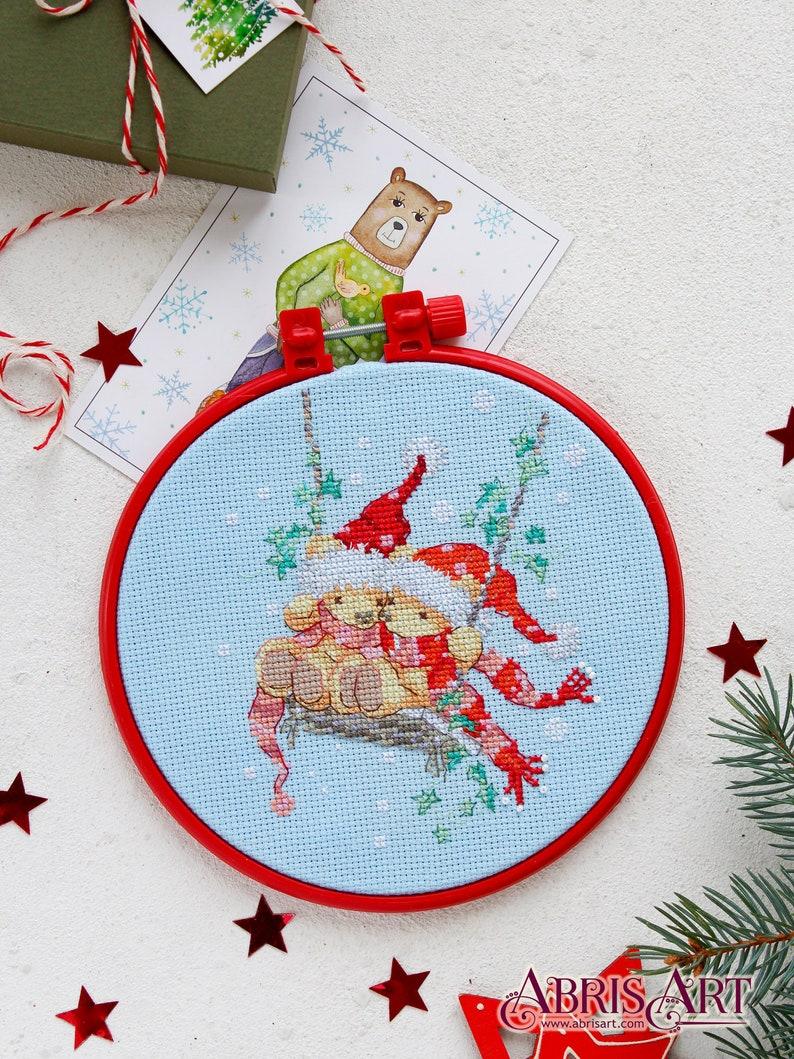 Beginner Cross Stitch Kit Easy Modern Embroidery Kit Nursery hoop art DIY Cross stitch Kit Christmas bears Xstitch Kit