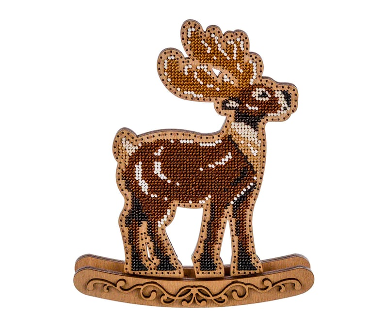 DIY Christmas tree ornaments Deer Bead embroidery kit Xmas tree beading Craft kit for adults DIY Xmas decoration Embroidery on wood