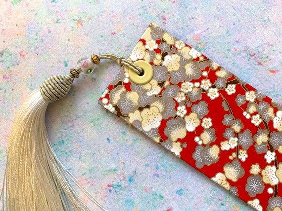Gorgeous Red and cream Japanese Bookmark, Chiyogami Paper, Flower Design, Card Bookmark, decorative cream tassel, Book Lovers Gift, Japanese
