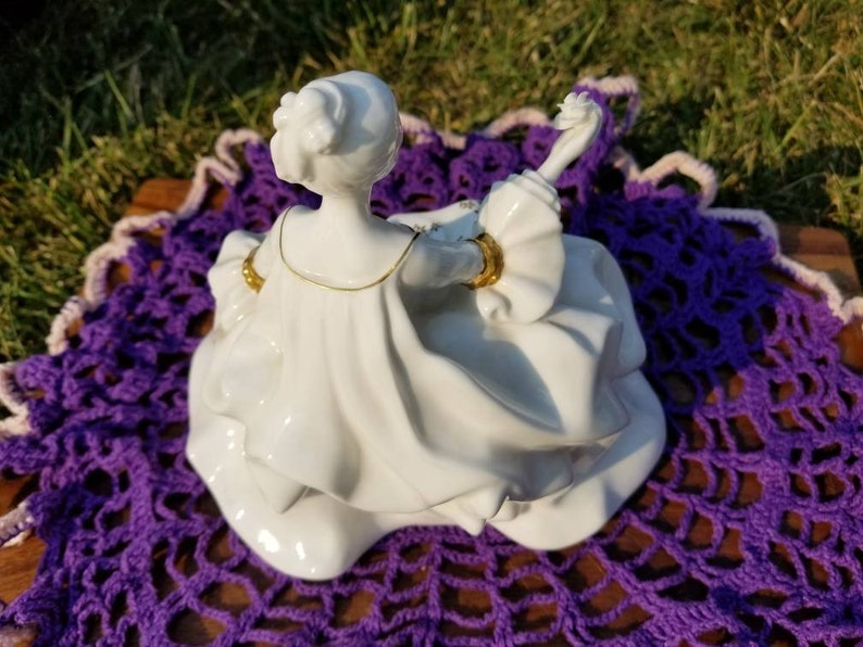 Beautiful piece of elegance Number HN2326. Classic white with gold trim royalty and style Royal Doulton 1965 Marie Antoinette figurine
