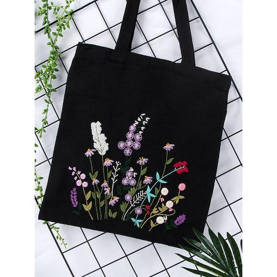 A Tassel bag//Messenger Bag Embroidery Needlecrafts Handmade Embroidery
