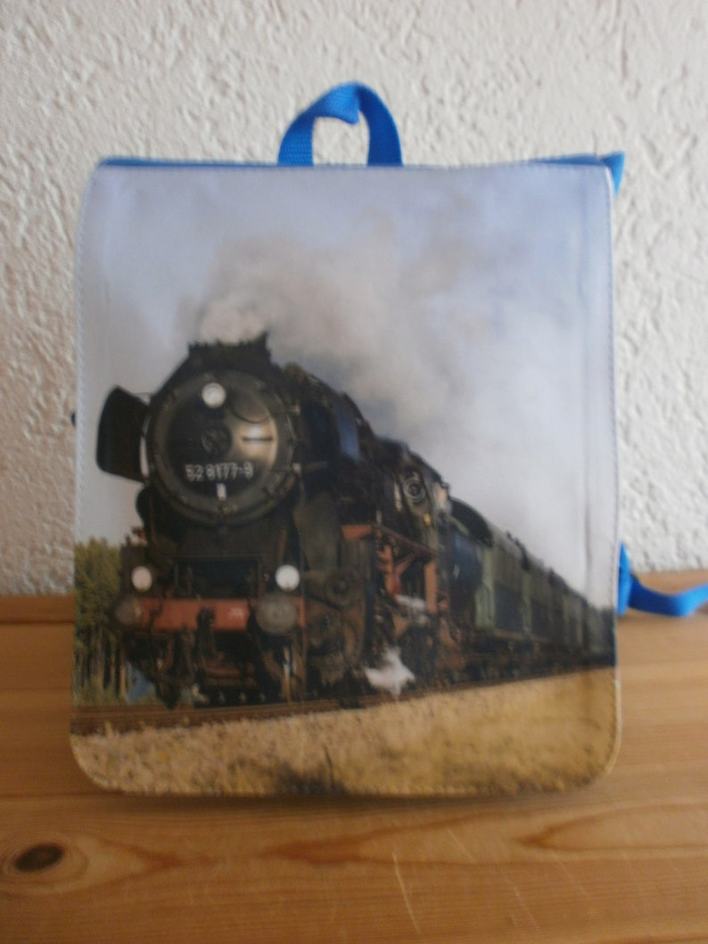 Children/'s backpack with steam locomotive